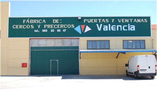 Puertas valencia precercos de abeto ventanas puertas viruta serr n madera valera de - Puertas valera de abajo ...